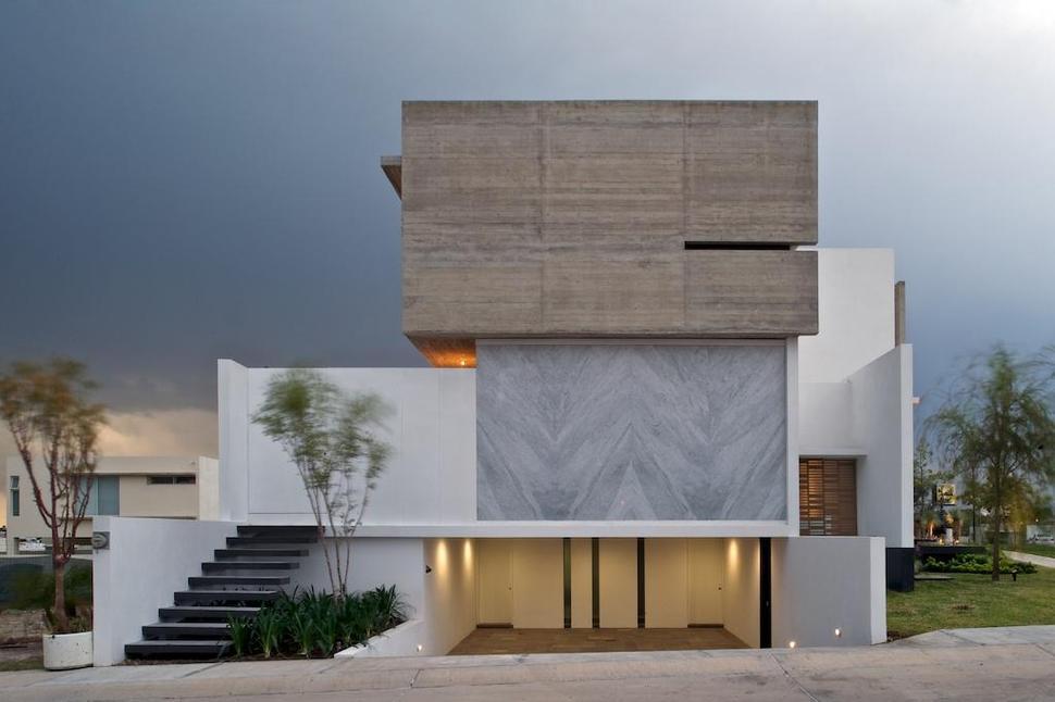 Fachadas de casas com m rmores veja modelos lindos e for Fachadas casas color arena