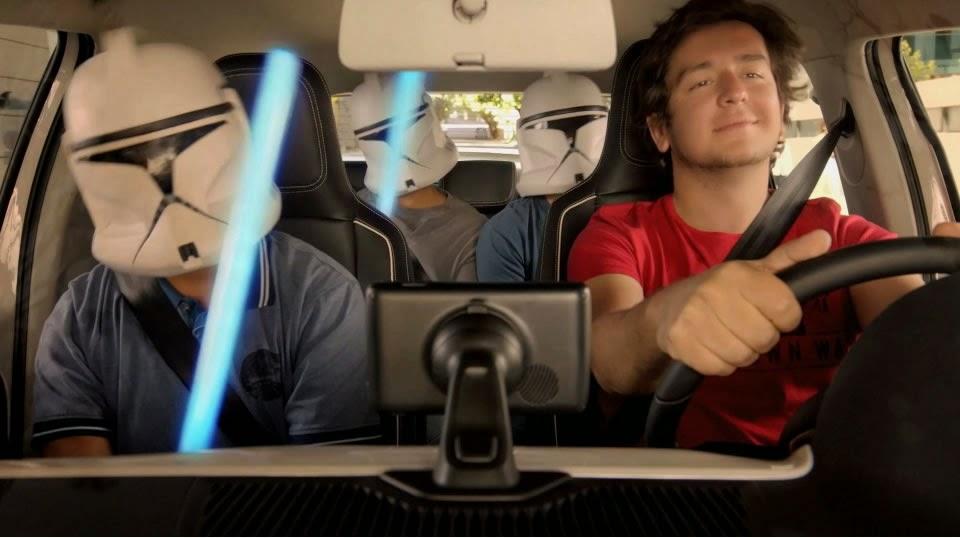 "Propaganda do Volkswagen UP veiculada em 2014 com a trilha da Cindy Lauper ""Girls Just Wanna Have Fun""."