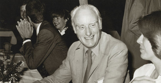 Crick, premio Nobel de Medicina