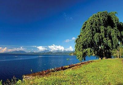 tondano+lake.jpg