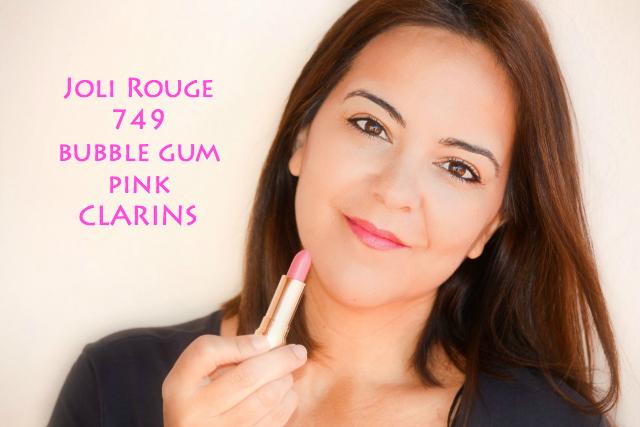 CLARINS_reinterpreta_su clásico_Joli Rouge_bubble_gum_pink_obeblog_01