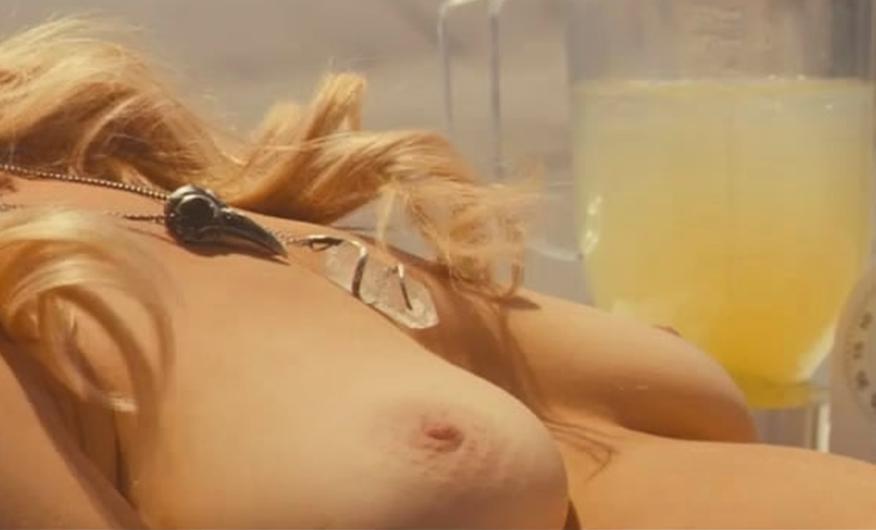Laura Prepon FREE naked photos shoot! - Platinum