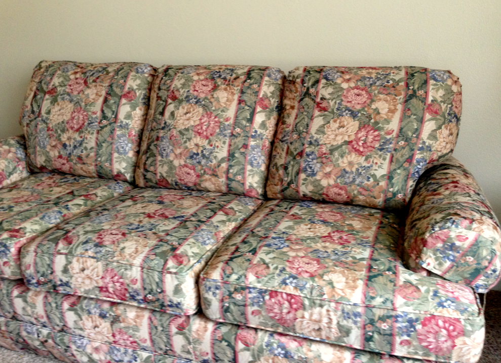 Flower And Stripe Couch. Were Flower Couches In Style Back In The 9039;s