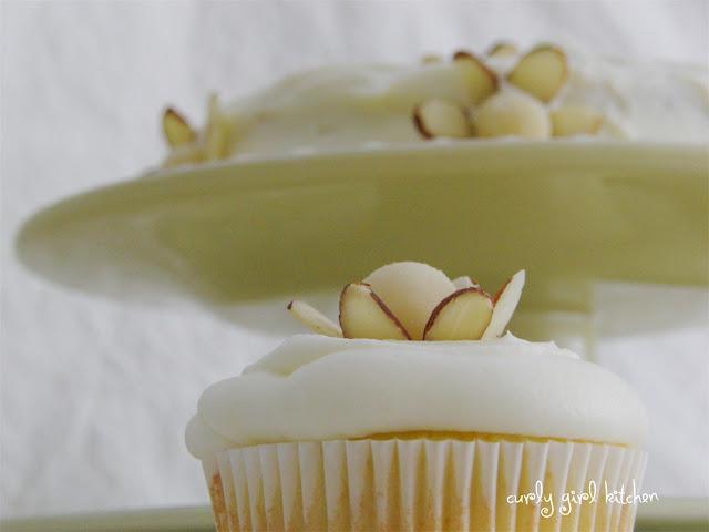 Almond Flower Cake
