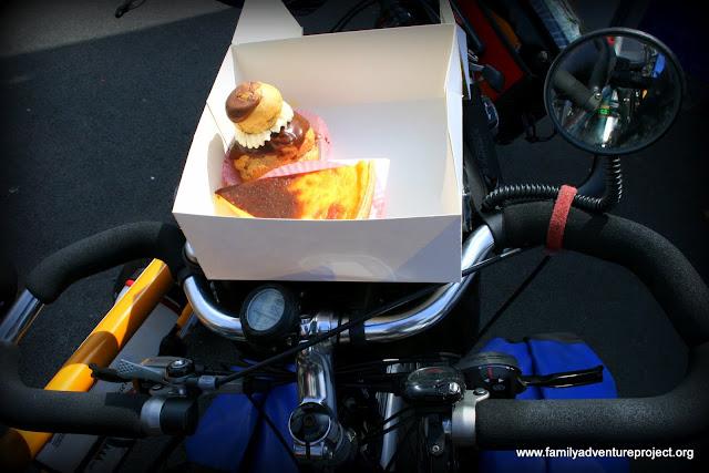 Cream cake on bicycle