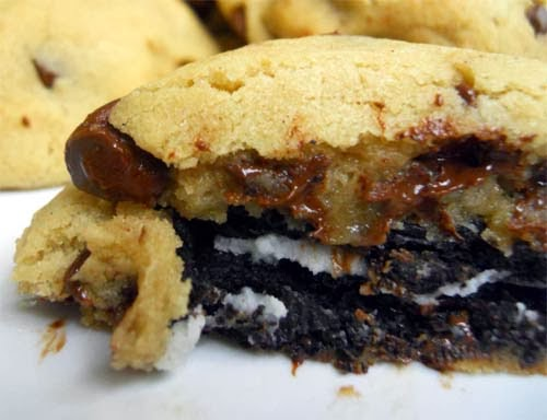 Time to Drool! Oreo With Gooey Chocolate Chips In One Cookie