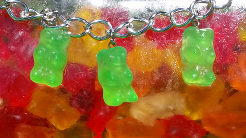 Yummi Gummi Resin Bears: Tanya Ruffin for Amazing Mold Putty, Create Studios and Geaux Create it