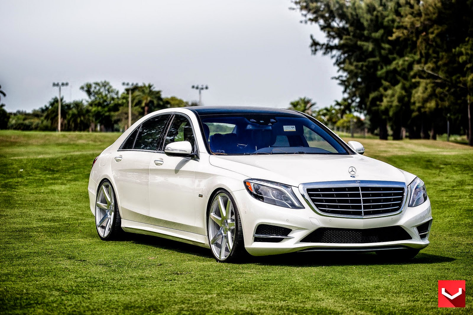 Mercedes benz w222 s550 on vossen cv7 wheels benztuning for Custom mercedes benz for sale