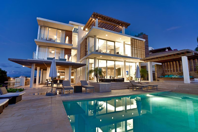 Modern villa with three floors and swimming pool