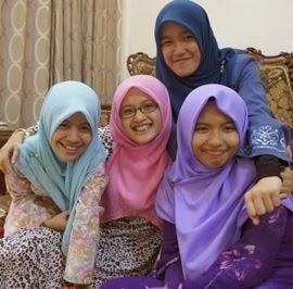Kajang Girls!
