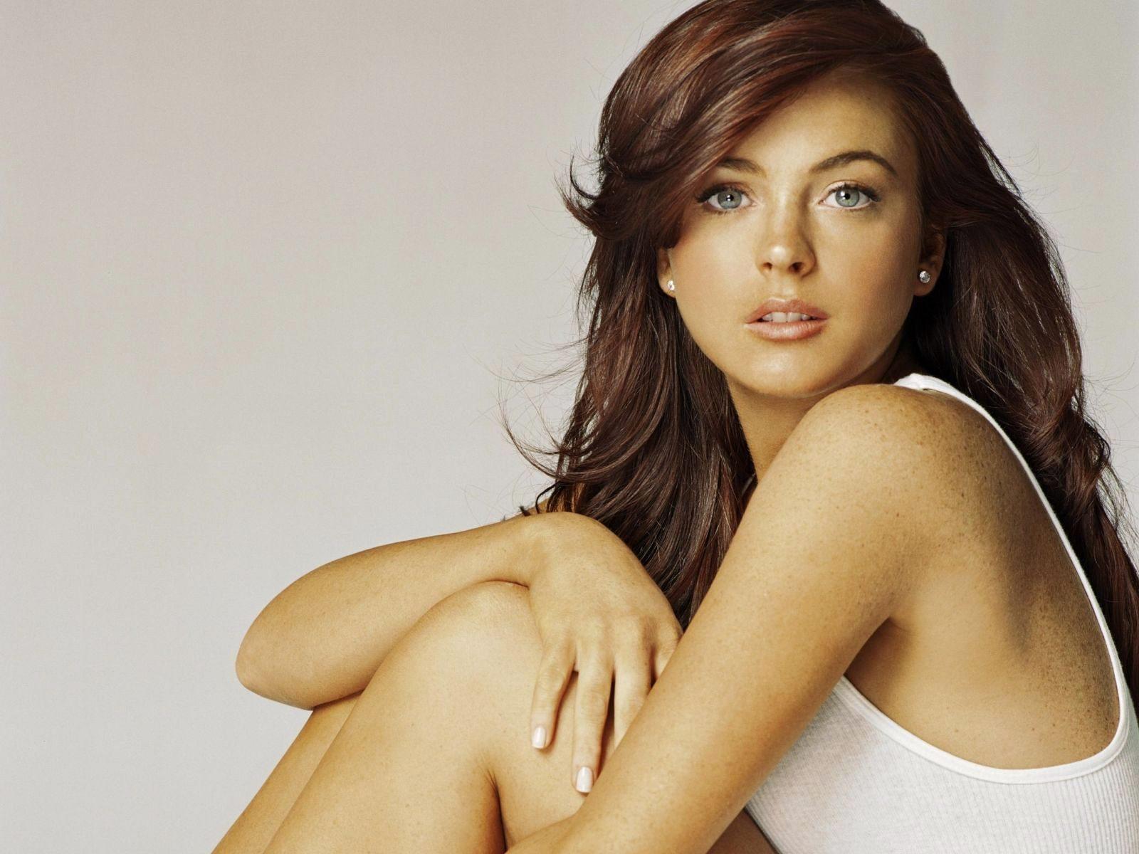 http://4.bp.blogspot.com/-KUqsSffzAu4/UOU-6uON6-I/AAAAAAAAZbs/Q7ToVQ-qAag/s1600/2522-celebrity_lindsay_lohan_wallpaper.jpg
