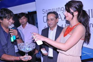 Samsung Galaxy s Launch (14).JPG