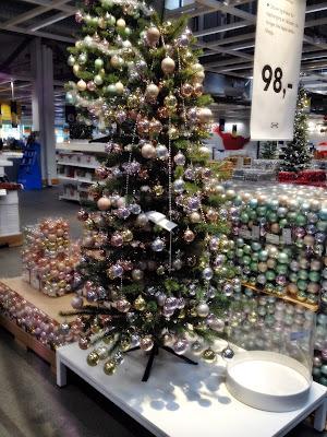 hedenhøsbarna finner opp julen