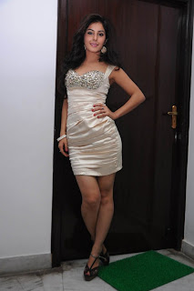 Isha Talwar New  Stills 25.jpg
