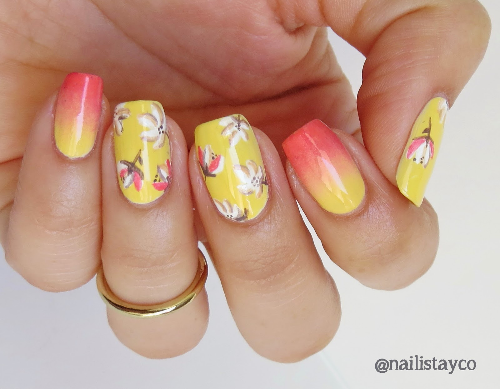 Tropical-Flower-Nails