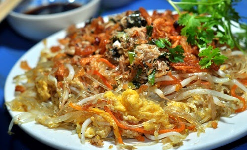 Fried Vietnamese Vermicelli with Meat Crab and Egg Street Food in Hanoi