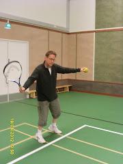 Tennistä Virtain Kisapirtissä sateella ja talvikautena