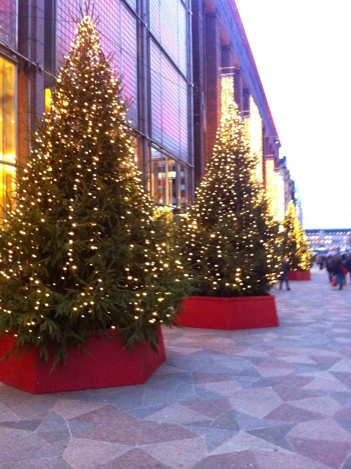 helsinki joulu valot stockmann joulukuusi valo