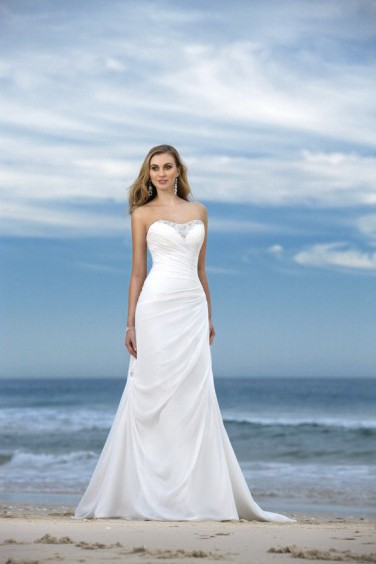 Wedding Blog: Beach Wedding Dresses