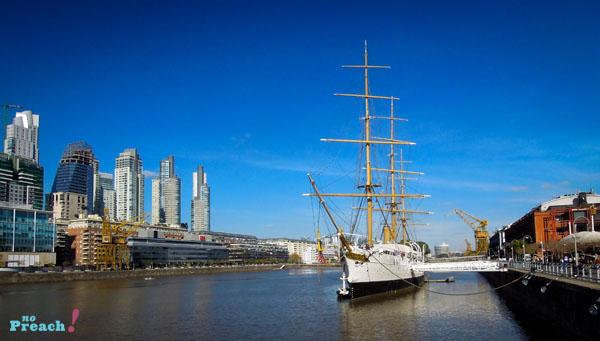 Buenos Aires: Puerto Madero -  Puente de la Mujer