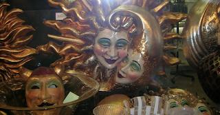 Venedig, Masken Sonne und Mond