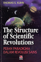 toko buku rahma: buku THE STRUCTURE OF SCIENTIFIC REVOLUTIONS, pengarang thomas s. kuhn, penerbit rosda