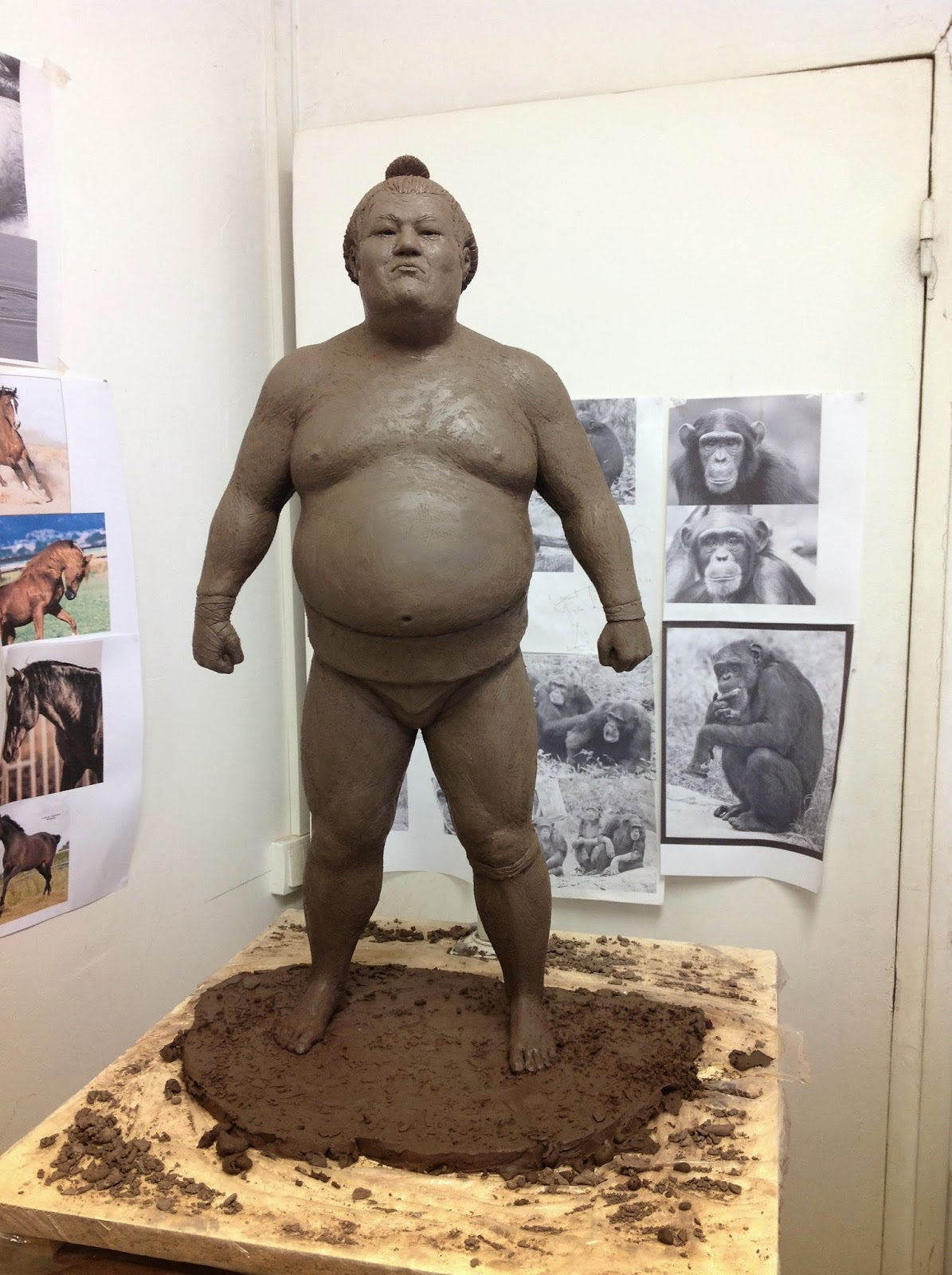 Sumo+PJ+CHABERT+sculpture.jpg