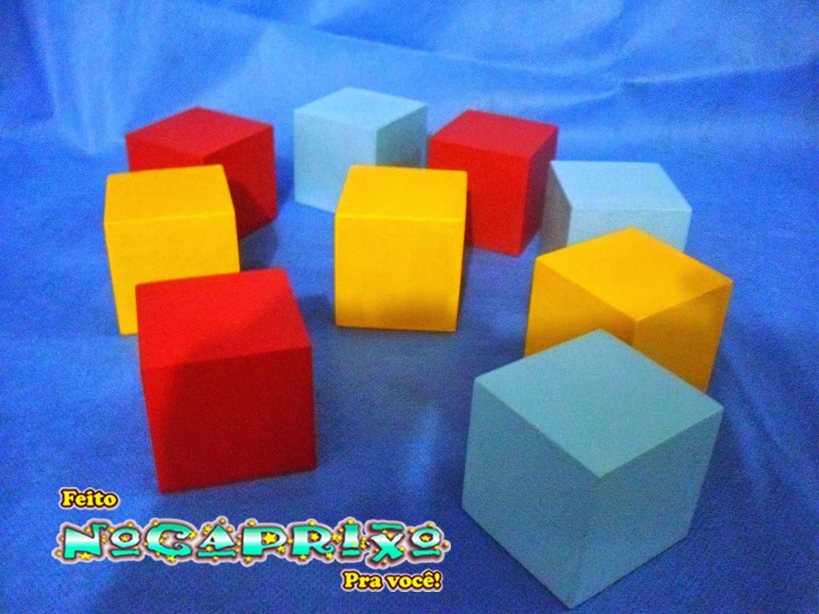 Cubos em MDF