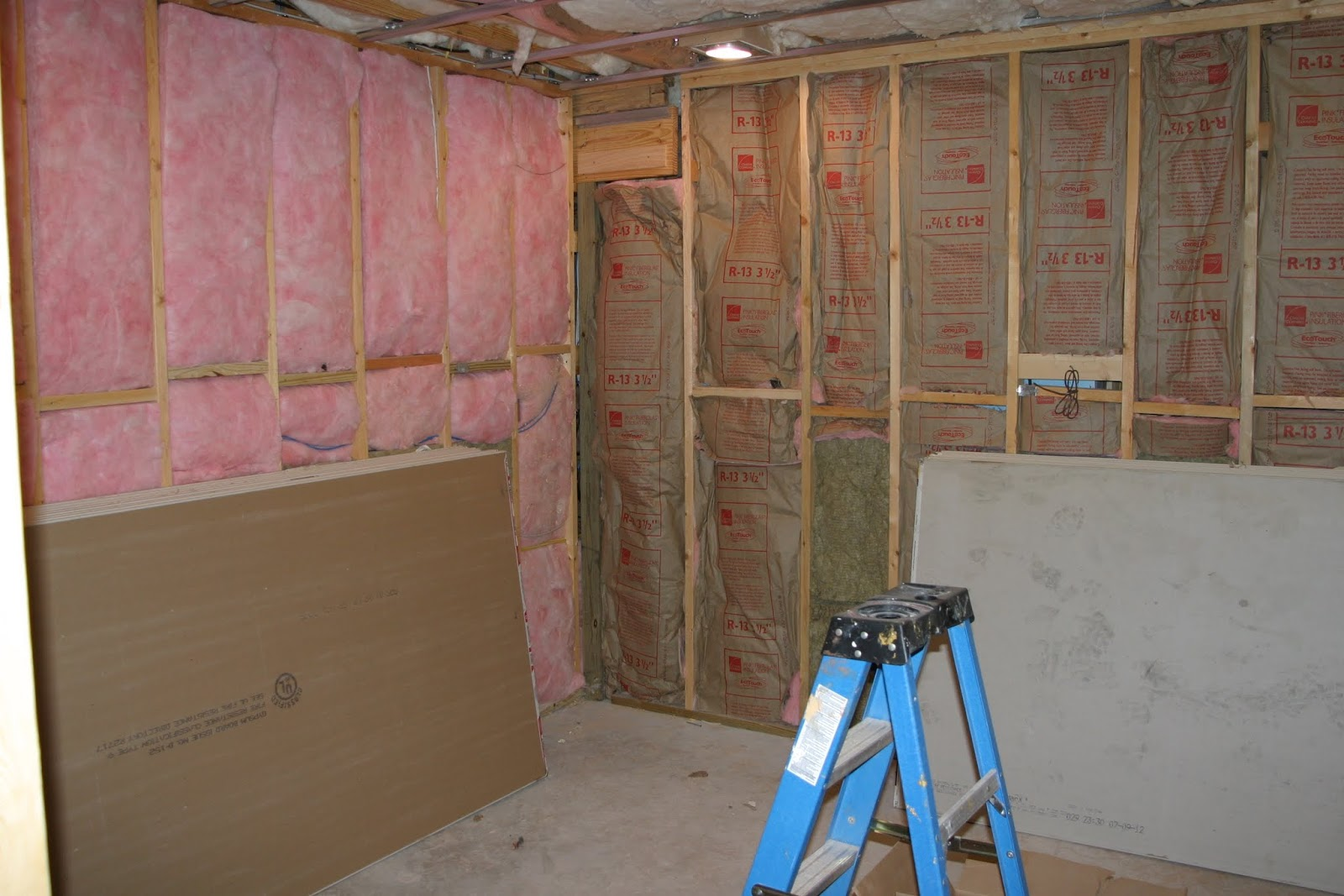 how to finish a basement and home theatre august 2012