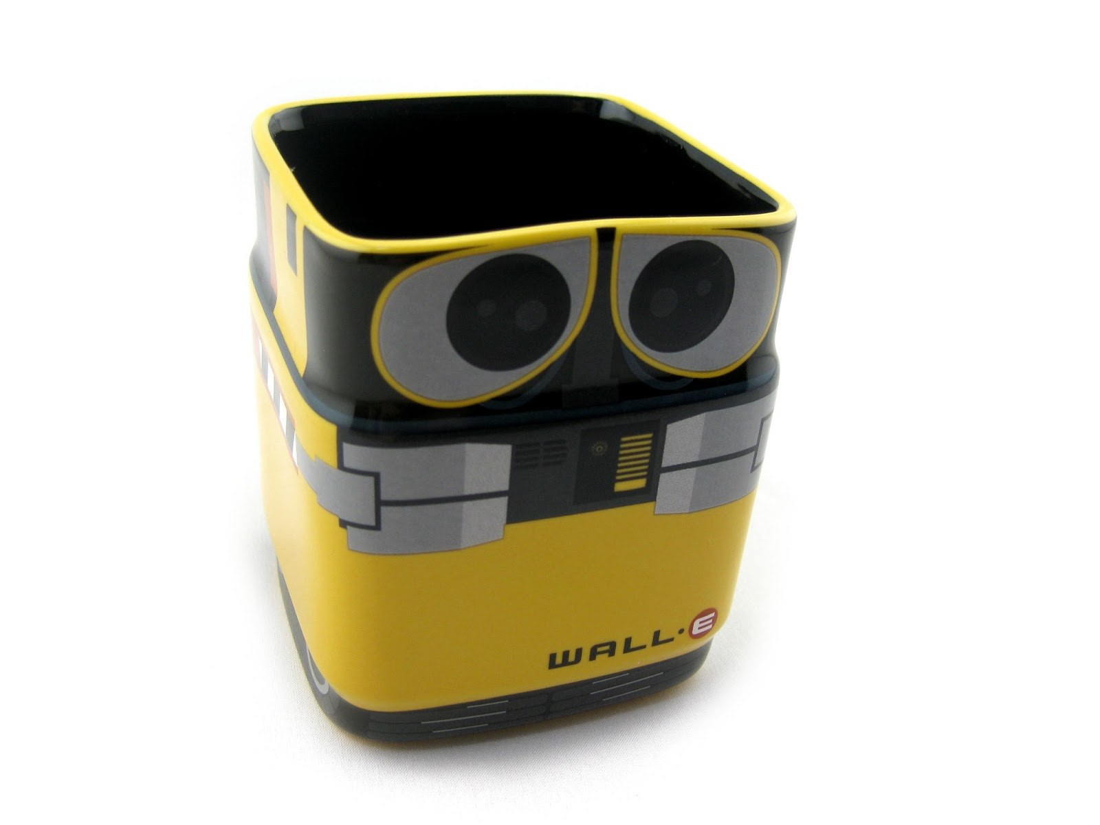 Dan the pixar fan wall e disney store 3d character wall e mug - Walle and eve mugs ...