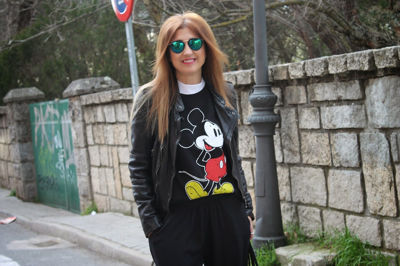 Blog de Moda, Carmen Hummer, fashion style, Streetstyle, Cool, Looks, Mickey Mouse, Top Shop, Blogger