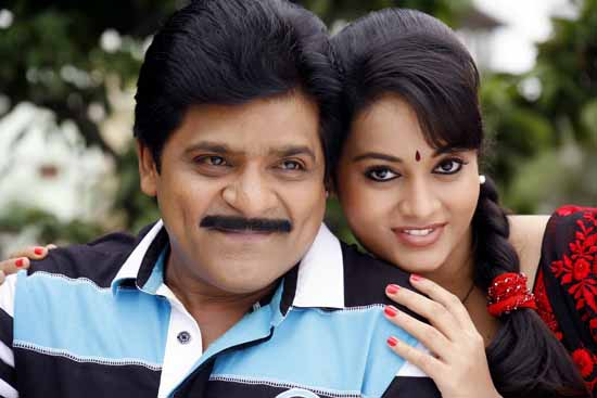 alibaba okkade donga movie working stills