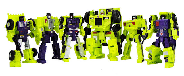 Transformers Unite Warriors UW-04 Devastar AKA Devastator official image 01