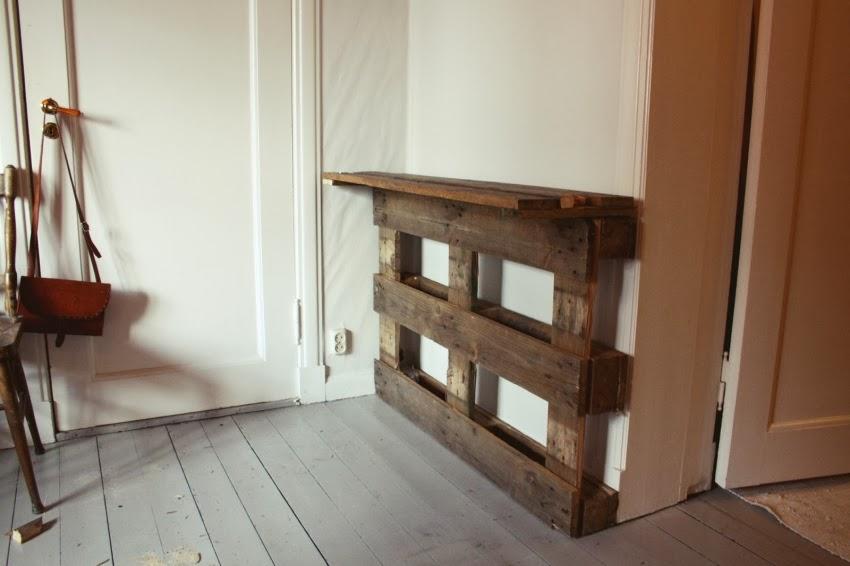 DIY, stolik, biurko, regał, paleta, drewno, zrób to sam, zdjęcia