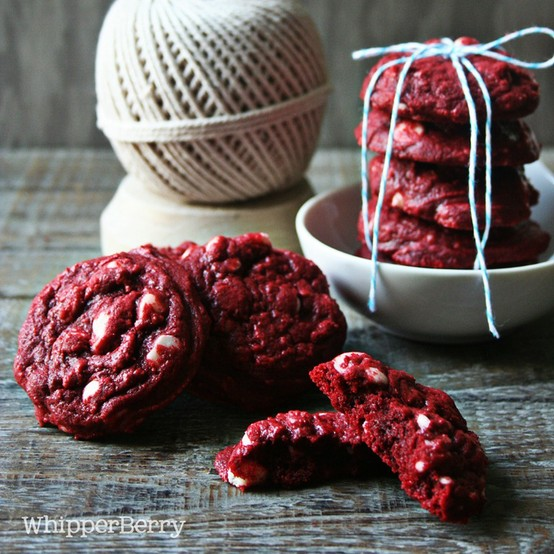 What Makes Red Velvet Cake Red Different From Chocolate