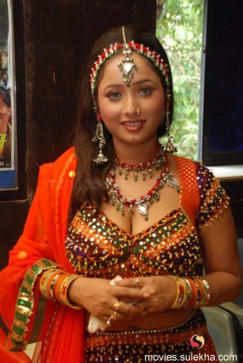 Hot indian bhabhi rashmi homemade sex part 1 - 5 9