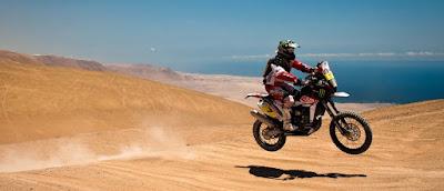 Parigi-Dakar - moto in salto
