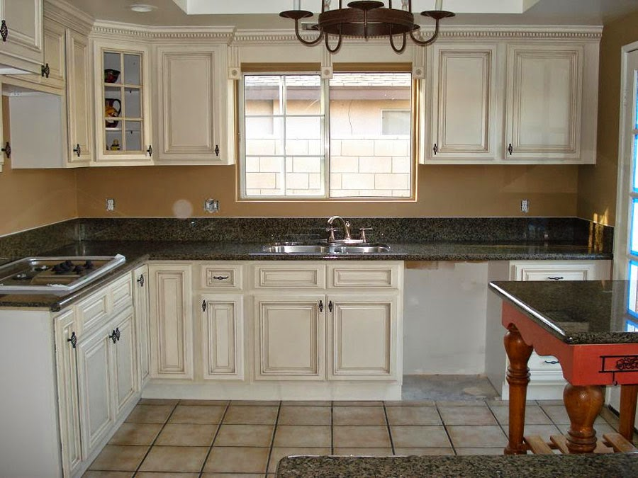 Mesmerizing white kitchen cabinets with white kitchen cabinets ideas and white kitchen cabinets at lowes also white kitchen cabinets black hardware plus white kitchen cabinets dark countertops