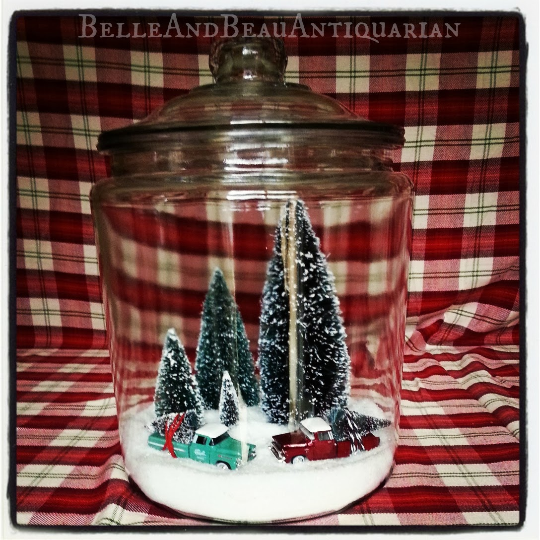 Belle beau antiquarian christmas scenes in glass for Christmas glass jars