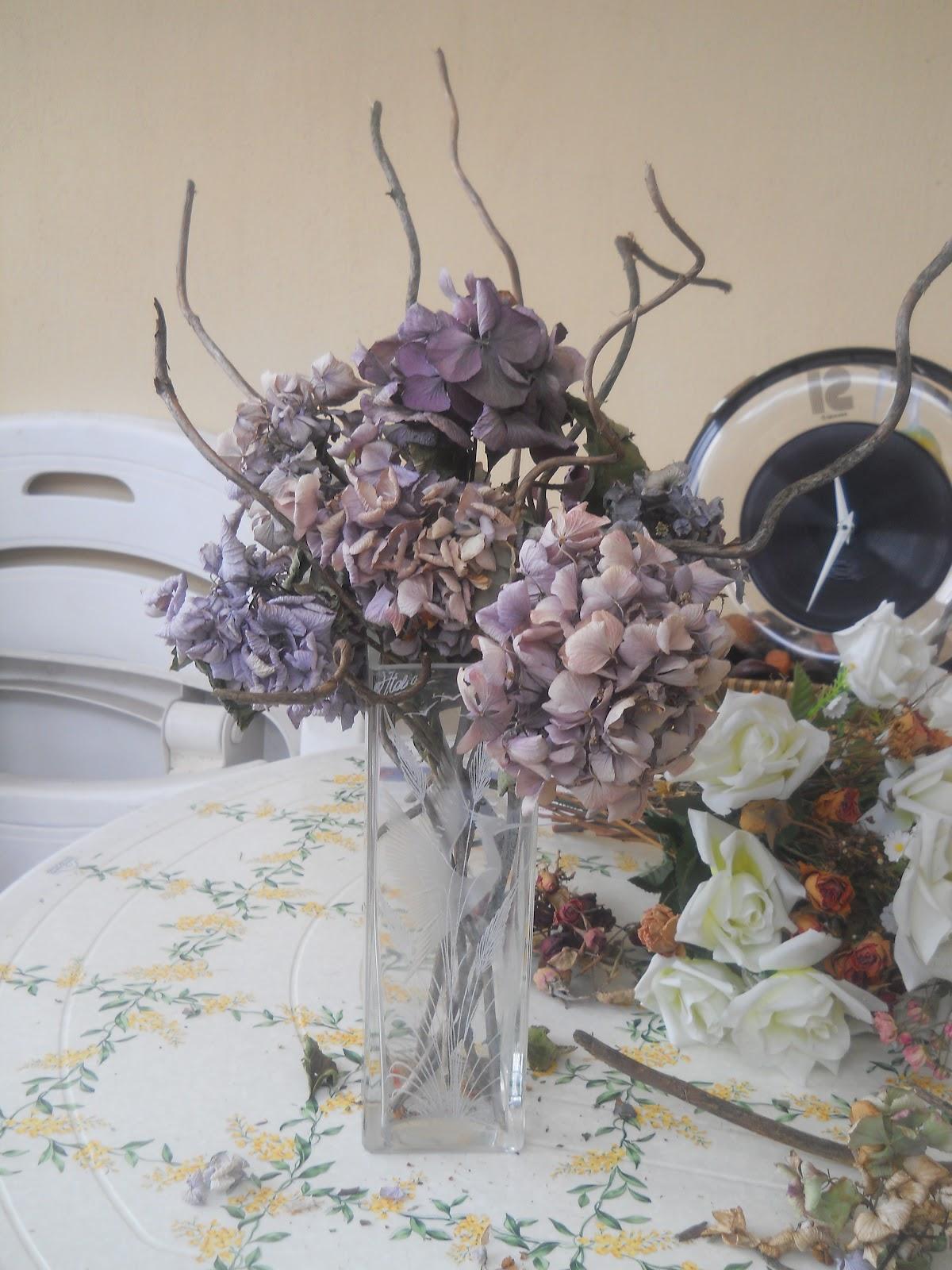 BRICOLAGE: composizione di fiori secchi di ortensie  bricolage & ricette...