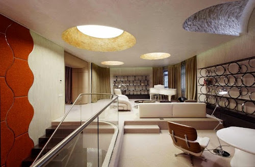 Arbat Penthouse by Vox Architects