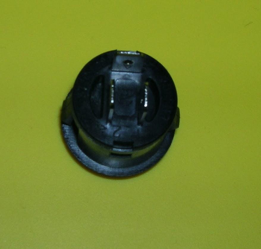 кнопка открытия багажника от калины на логан