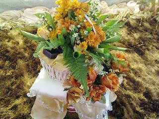 Contoh Dekorasi Sireh Junjung Bunga Segar