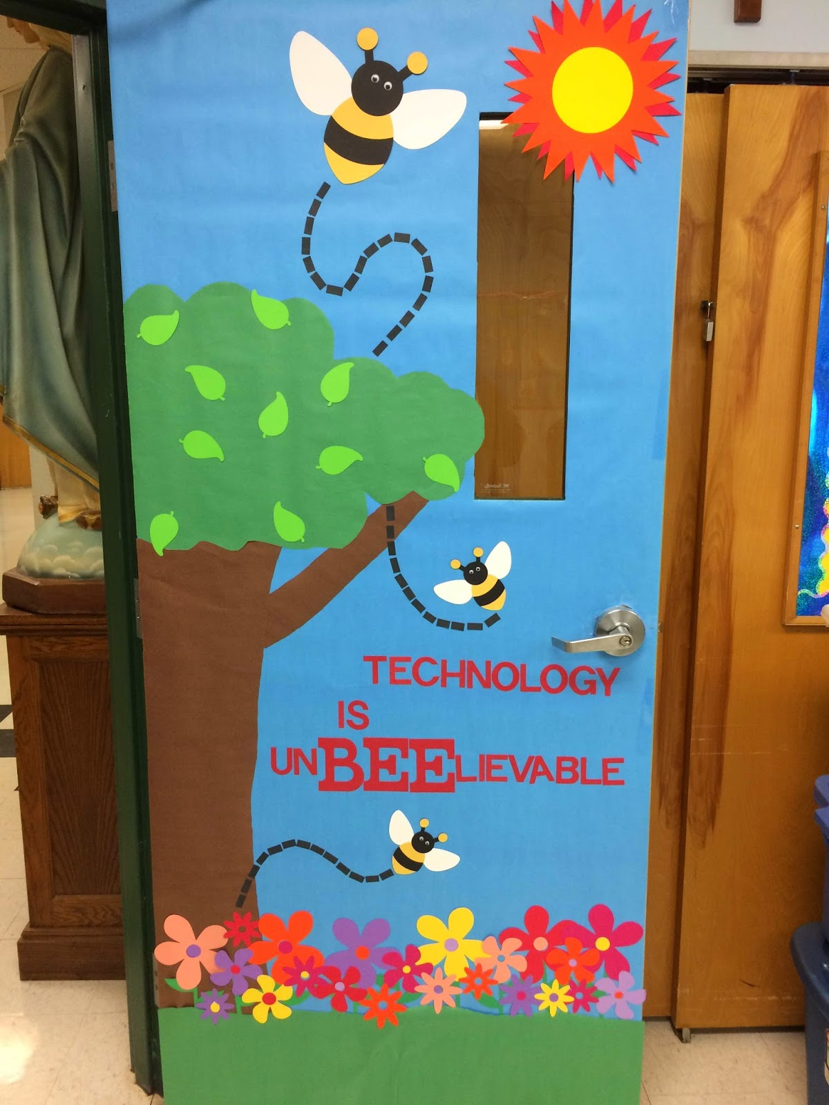 Computer Lab Decoration Pics ~ A techy teacher with cricut spring computer lab door or
