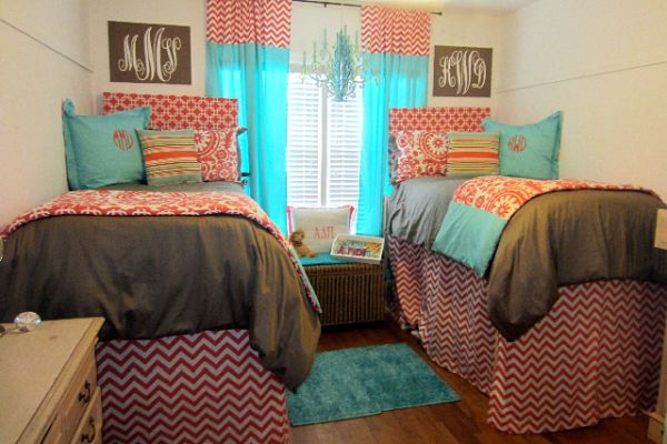 Southern Royalty Back to School  Dorm Decor ~ 135947_Turquoise Dorm Room Ideas