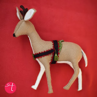 http://kitschydigitals.com/HungarianReindeerFelt-Sewing-Pattern-SKU178211.html