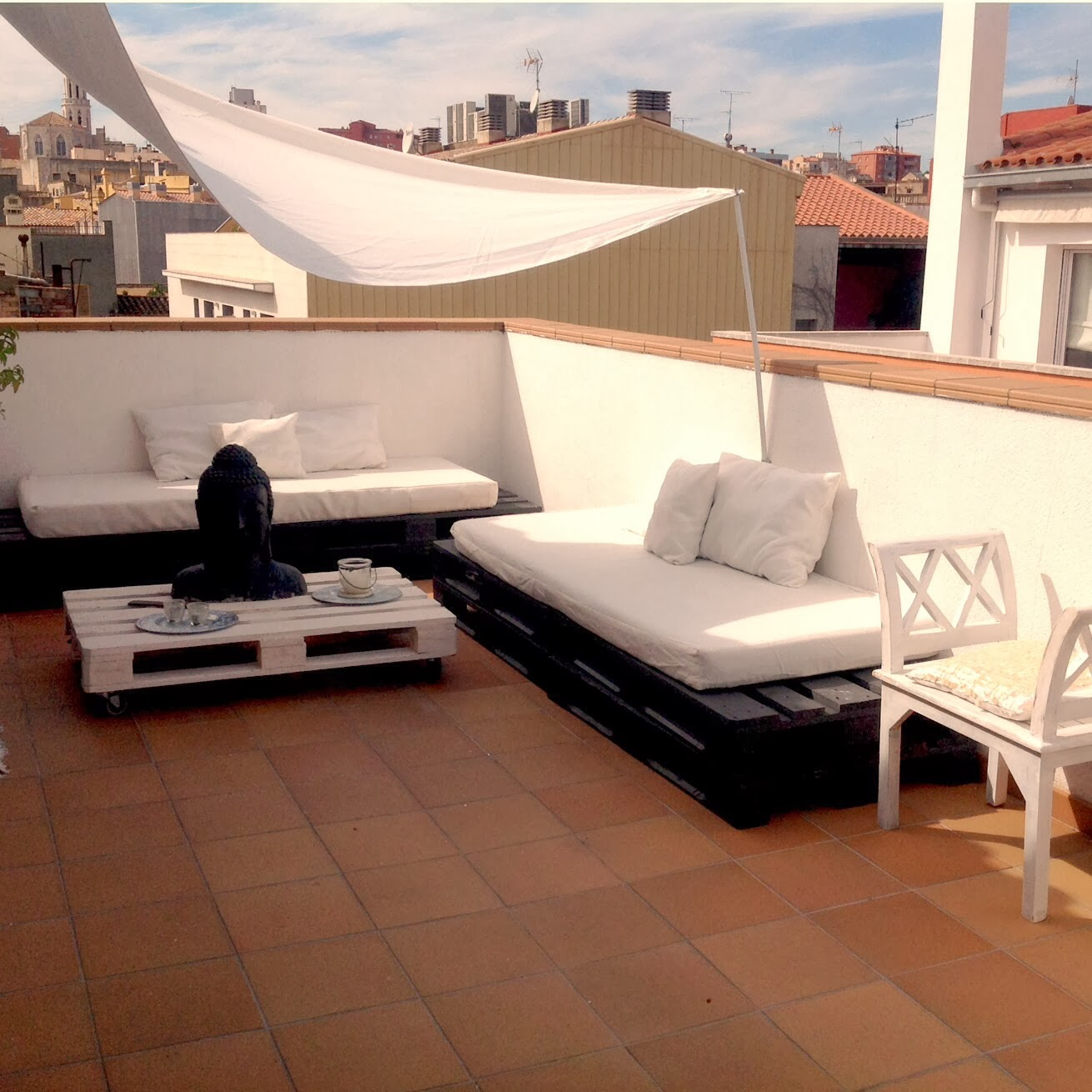 Sobesonhome mi terraza chill out de palets - Decoracion chill out ...