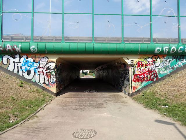 Kwintesencja graffiti czy też czysty wandalizm?