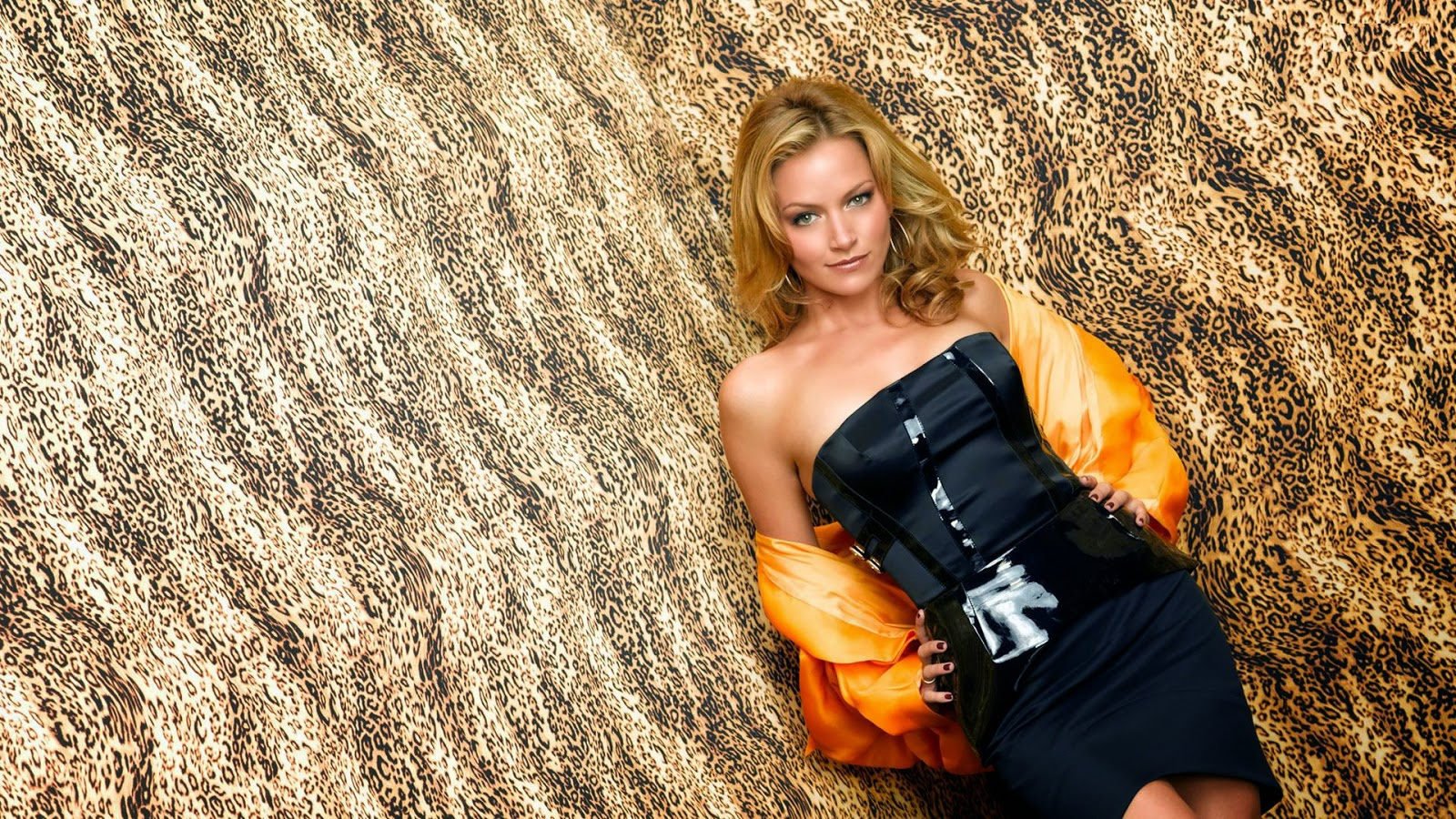 Becki Newton Hd Wallpapers Free Download