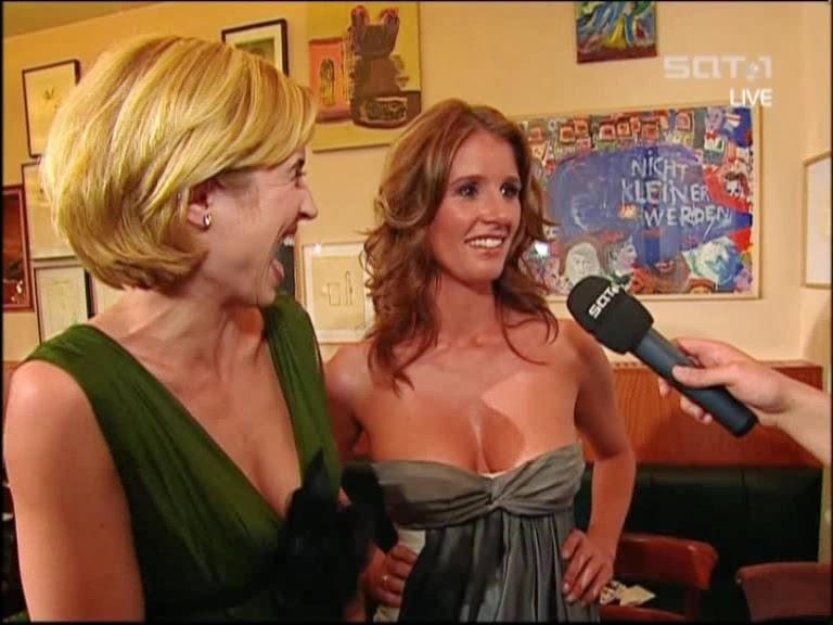 Kusch-lück nackt petra Die Ansagerinnen